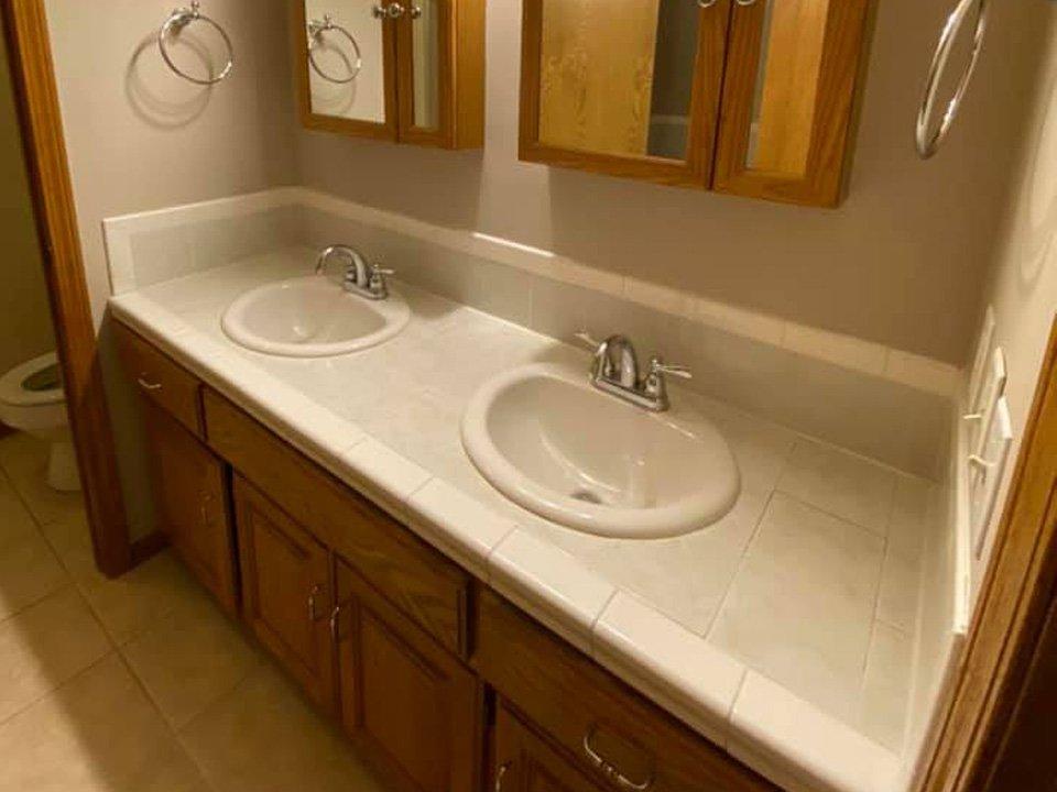 bathroom-vanity-before-1b